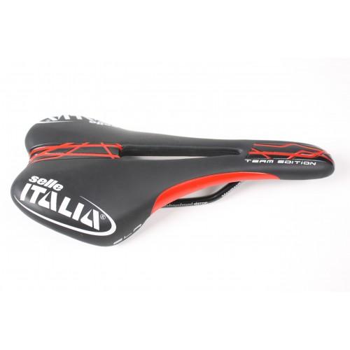 SELLE ITALIA SLR FLOW TEAM EDITION BLACK/RED